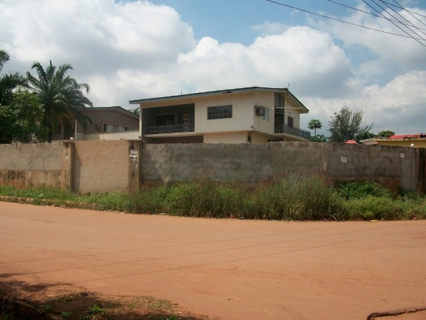 5-Bedroom Duplex with other appurtenances at River Lane, G.R.A, Enugu - N1.2M PER ANUM. PAYABLE 2YRS IN ADVANCE